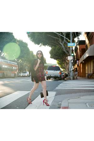 black H&M blazer - black milly bag - amethyst Gucci sunglasses