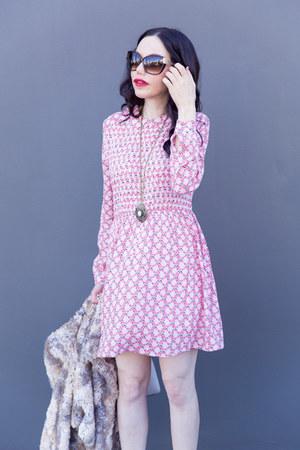 bubble gum StyleWe dress - heather gray Kurt Geiger boots