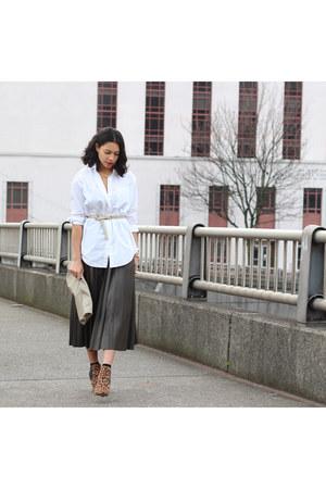 Zara skirt - madewell shirt - Dolce Vita heels
