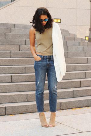 Gap jeans - tildon blazer - Zara bodysuit - Dolce Vita heels
