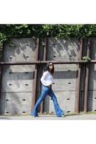 Hudson jeans - Rowley Eyewear sunglasses - Chelsea Flower top - Dolce Vita heels