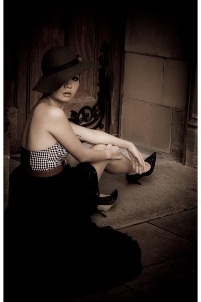 asymmetrical Princess Polly skirt - Princess Polly top - moschino vintage from E
