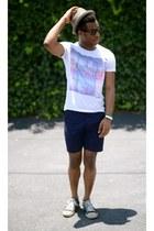 black wayfarer Lookmatic sunglasses - brown fedora Target hat