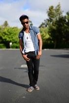 slim Zara jeans - snapback Stussy hat - crewneck American Apparel t-shirt