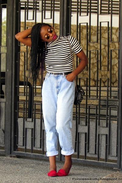 boyfriend jeans thrifted vintage jeans - Choies shirt - Choies glasses