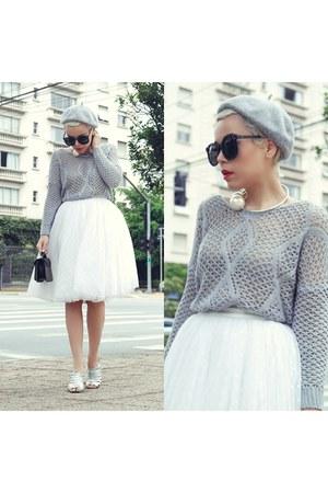 skirt - hat - sweater - sunglasses