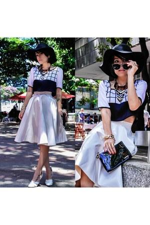 glasses - skirt