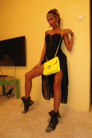 studded boots Steve Madden boots - dress - neon yellow Mei bag
