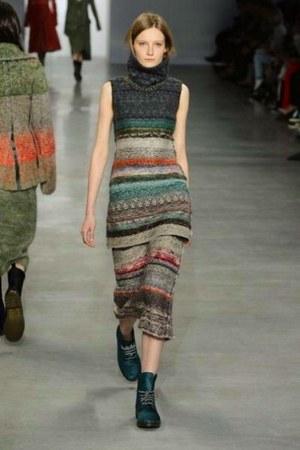 Calvin Klein Collection boots - striped woolen Calvin Klein Collection skirt