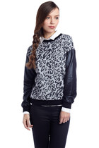 Gray animal print sweatshirt