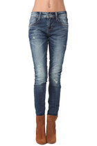 Q2-jeans