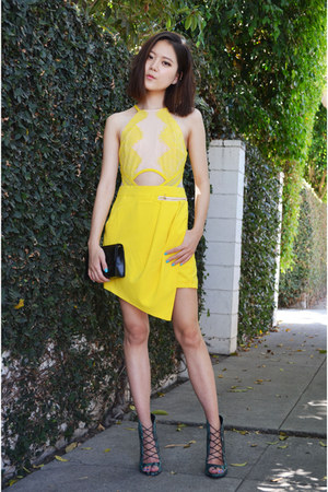 yellow jumper Sheinside jumper - clutch Louis Quatorze bag