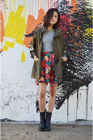 wrap skirt Q2HAN skirt - ankle boots H&M boots