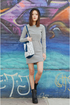 bucket bag Q2HAN bag - two piece dress Ich22 dress