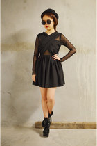 black Q2HAN dress
