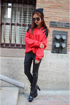 Q2HAN sweater - leather pants Bebe pants