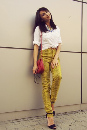 yellow snake print thrifted pants - white H&amp;M shirt - red leather thrifted bag