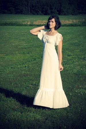 white 1960s Vintage dress