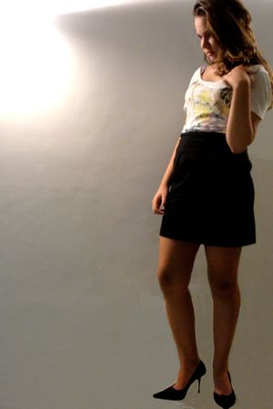black Checklist skirt - white karamelo shirt - black cris roberto shoes