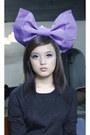 Black-sweater-violet-kimonos-bow-accessories