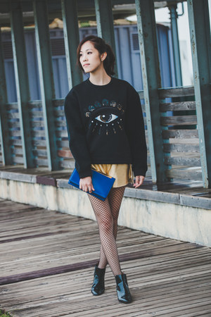 black Zara boots - blue clutch Saint Laurent bag - gold gold color A Land shorts