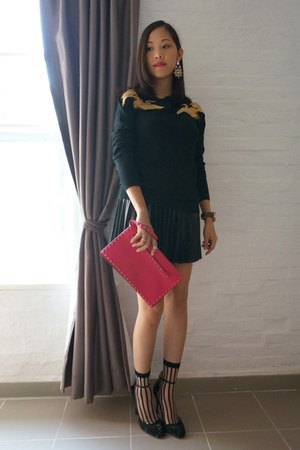 black Altuzarra for target sweater - hot pink Valentino bag