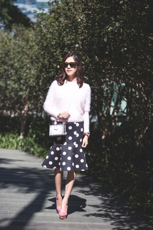 brown tokyo Blanc & Eclare sunglasses - light pink mohair sweater