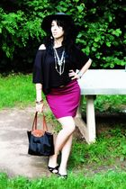 black H&M shirt - pink H&M skirt - black American Eagle shoes - black Lonchamp p