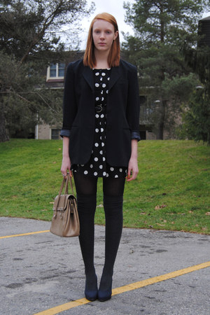 black polka dot H&M dress - black thrifted blazer - camel leather thrifted purse