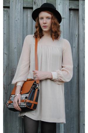 brown bag - light pink H&M dress