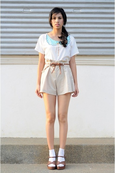 Loose Muffin Shirts, Highs, Waisted Shorts, Tribal Vinci Wedges ...