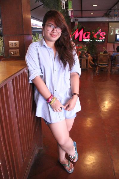 blue Ipanema sandals - navy denim shirt l l bean top