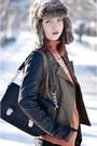 Blank-denim-jacket-romwecom-leggings-oasapcom-bag