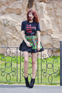Topb2c-boots-the-rubber-doll-t-shirt