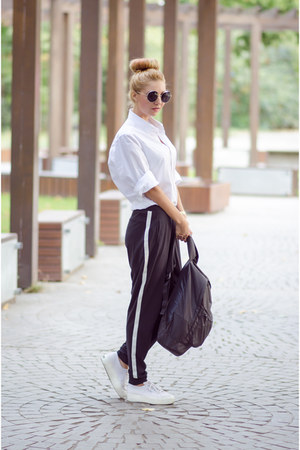 zeroUV sunglasses - white Superga sneakers