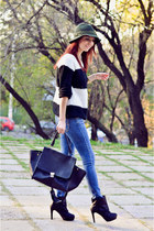 AX Paris jumper - Oasapcom bag