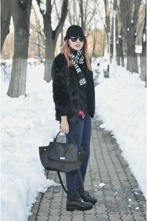 linzi boots - Romwecom coat - kurtmann hat - zeroUV sunglasses