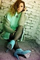 turquoise blue deezee boots - silver SH sweater - light blue SH shirt