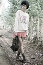 Brown-leather-pineapple-boots-eggshell-vintage-hitomi-sweater