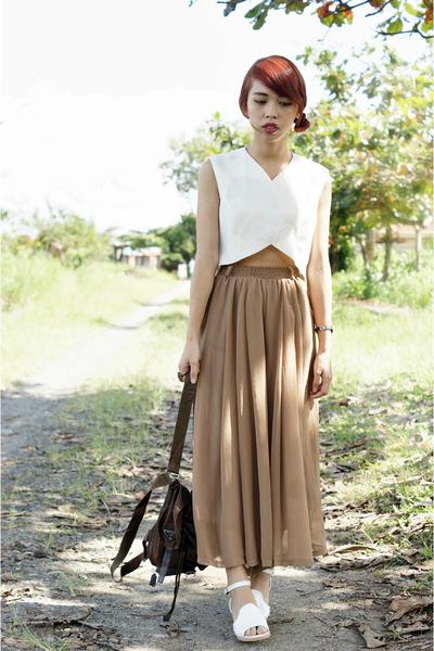 white random from Bangkok sandals - dark brown knapsack Prada bag