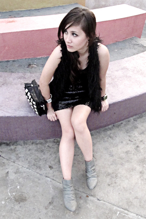 vest - dress - accessories - Forever 21 boots