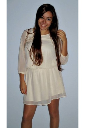 peplum pull&bear dress