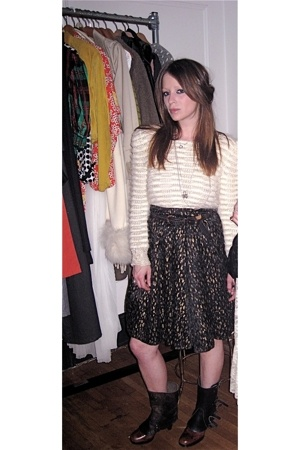 vintage belt - vintage skirt - vintage from Search & Destroy sweater - D&G shoes