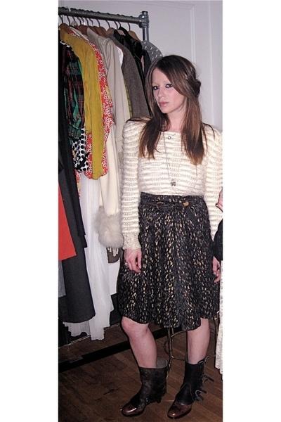 vintage belt - vintage skirt - vintage from Search & Destroy sweater - D&G shoes