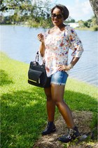 milly top - black Vince Camuto boots - blue J Crew shorts