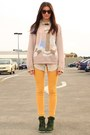 Mustard-ruby-jeans-light-pink-vintage-sweater-dark-khaki-vintage-shirt