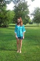 blue Levis shorts - chartreuse H&M blouse