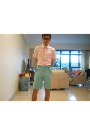 aquamarine Options shorts - bubble gum POA shirt