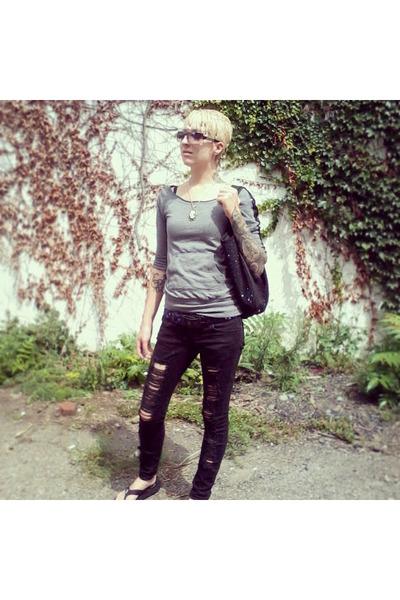 black Lovesick jeans - black Studio S bag - gray Steve Madden sunglasses