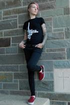 black Lovesick jeans - gray Steve Madden sunglasses - red Vans sneakers